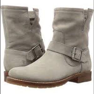 FRYE boots - Natalie Short Engineer - Grey